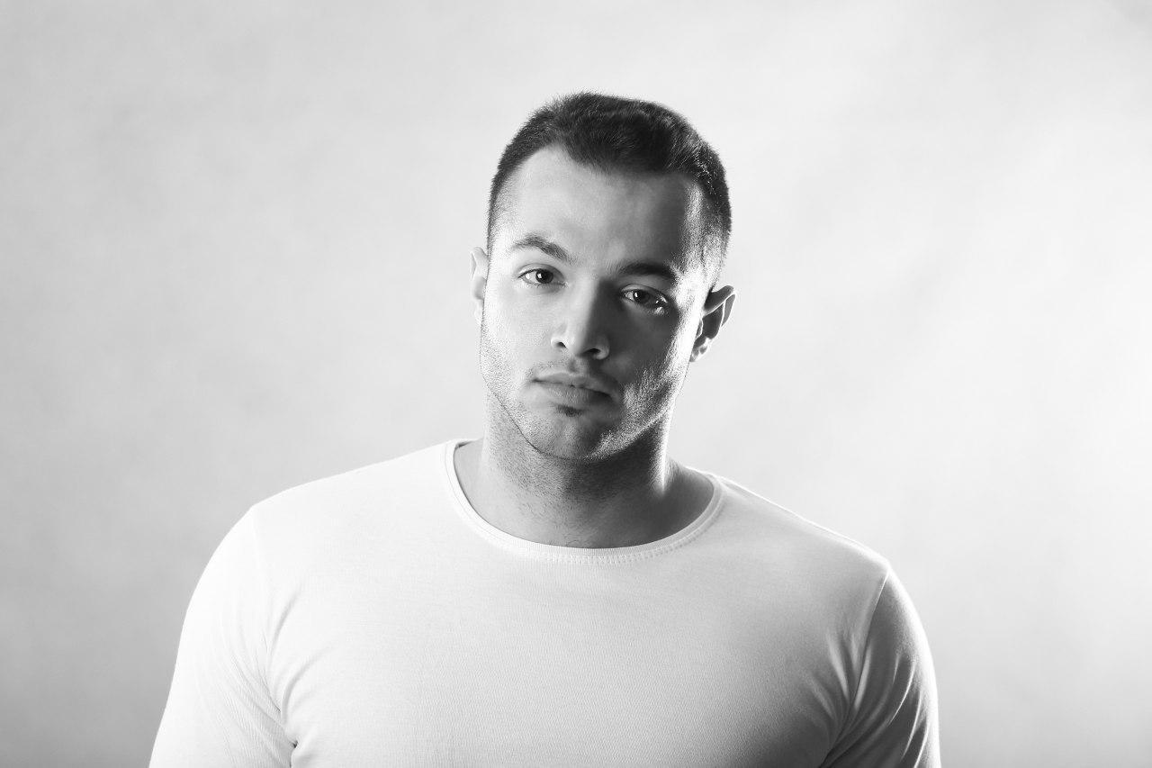 Armin Arad
